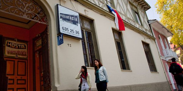 TeachingChile's recommendation for housing in Santiago, Chile: Provedencia Hostal