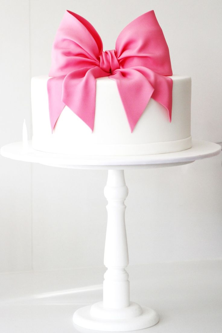 Pink bow cake by Burnt Butter #pink #burntbutter #pinkbowcake
