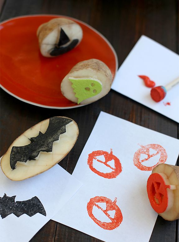 Halloween craft Potato stamp