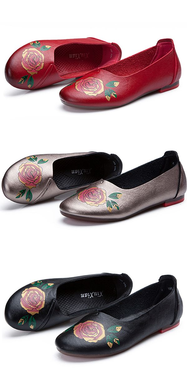 US$17.52  Floral Printing Soft Sole Slip On Flat Casual Loafers