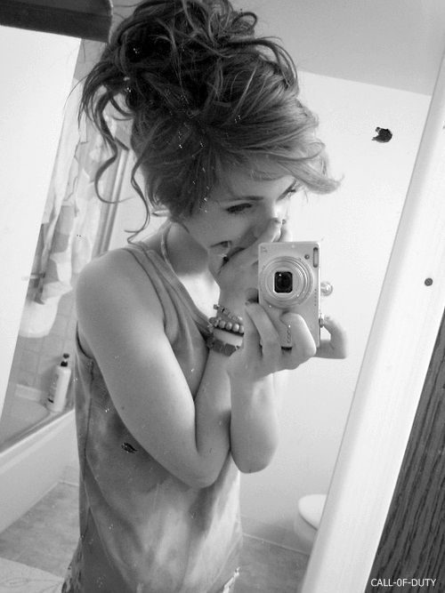 Her hair is gorgeous! Why can't my hair look like this in buns.-.-