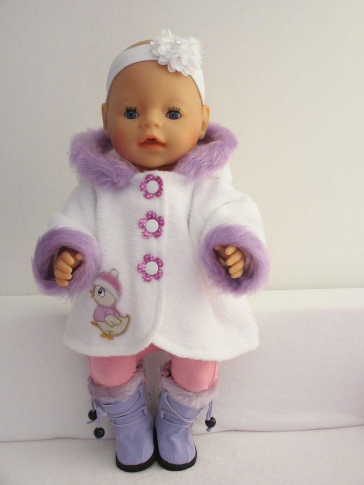 Een leuk jasje voor Baby Born Rosalin Poppenmode