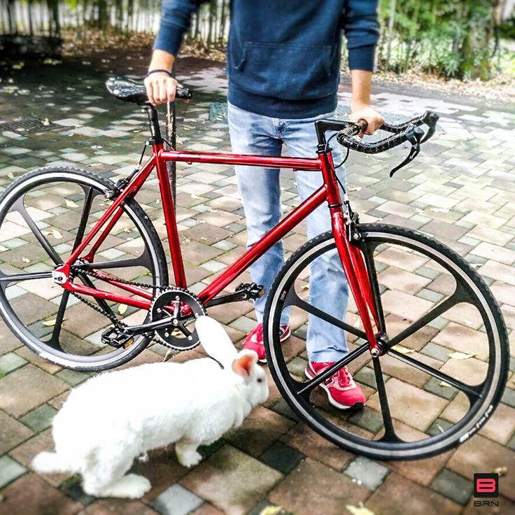 """Indovinate chi ha vinto la #bici #fixed #cromovelata #BRN nella terza #estrazione del #concorso """"Pedala e Vinci con BRN""""!?"""