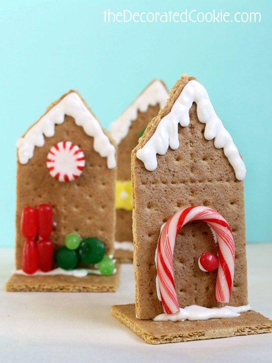 Easy graham cracker houses for Christmas.