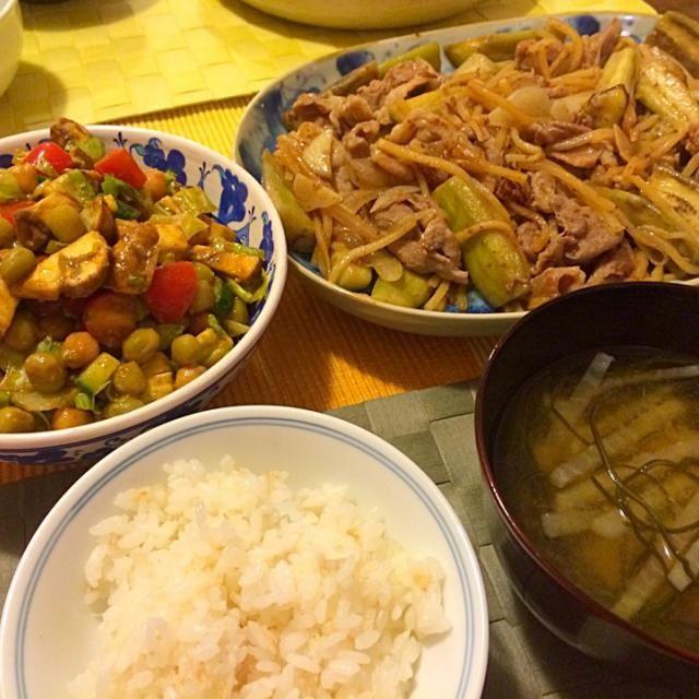 レシピとお料理がひらめくSnapDish - 8件のもぐもぐ - 豚肉・茄子・筍の中華炒め、アボカド・マッシュルーム・豆のメキシカンサラダなど by Junya Tanaka