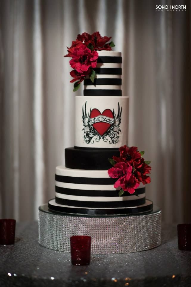 Bespoke The Wedding Event, Rockabilly/ Comtemporary Wedding, Wedding Cake Design, Wedding Sugar Flowers