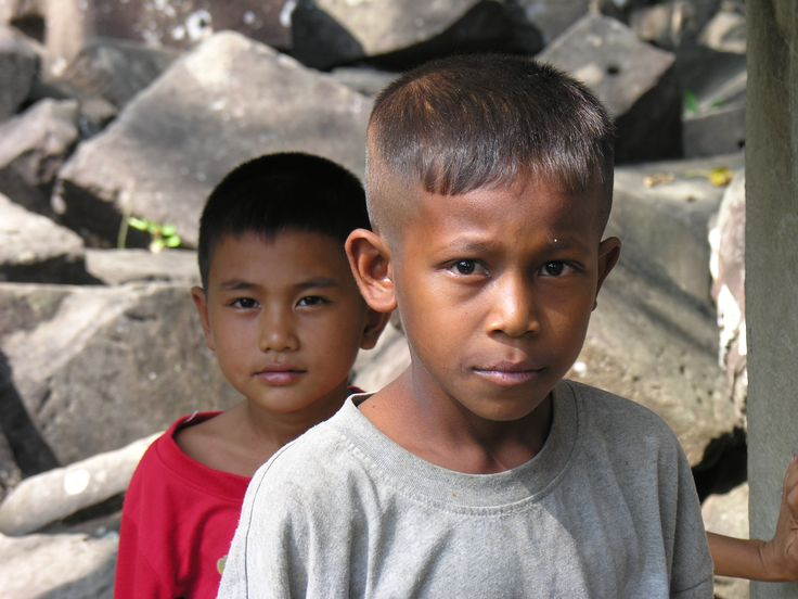 My two self appointed guides at Beng Melea - cute kids - could not communicate but good at tugging my sleeve and pointing.