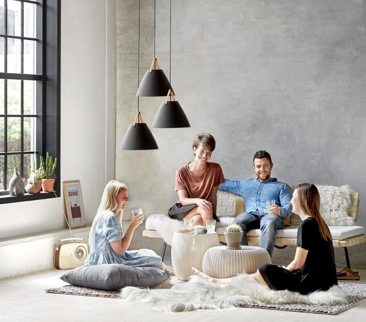 Strap en stilren taklampa med industridesign från Nordlux. www.lampan.se  #nordlux #taklampa #lampanse #lampan #lampor #lampe #lamper #belysning #inredning #inspiration #scandinavian #nordichomes #nordicdesign  #homestyling #taklampor