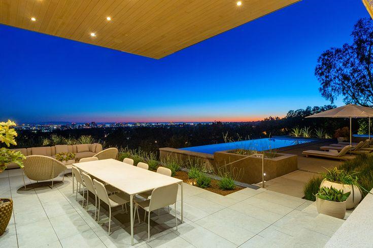 Las buenas vistas de Beverly Hills - Mansion Global