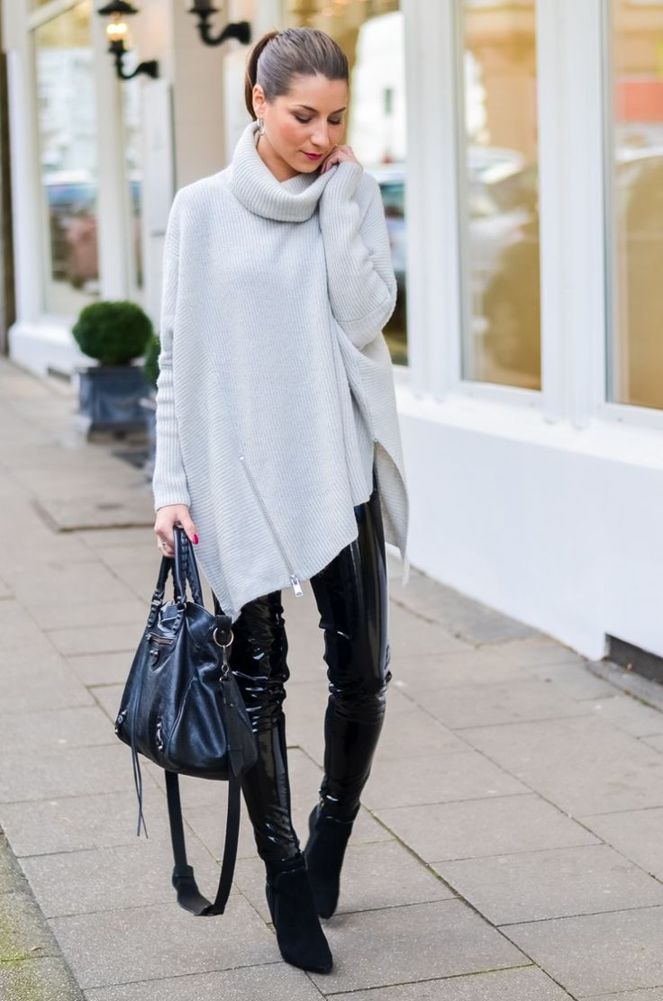 OUTFIT: LACKHOSE ELEGANT KOMBINIEREN - Lackhose, Latexhose, Oversized, Pullover, Rollkragen, Turtleneck, Ankle Boots, All Saints, French Connection, Balenciaga, Bag, Tasche, Look, Style, kombinieren, Mode, Fashion, Fashionblog