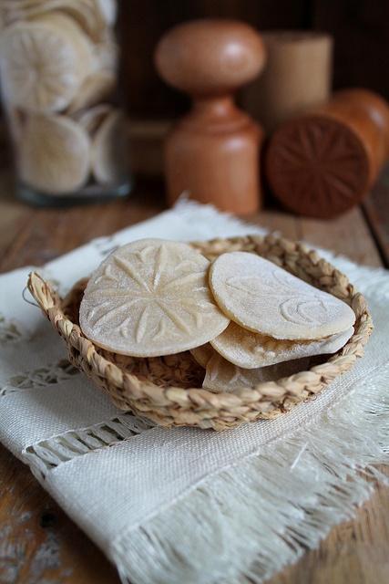 corzetti  tészta by babettee, via Flickr