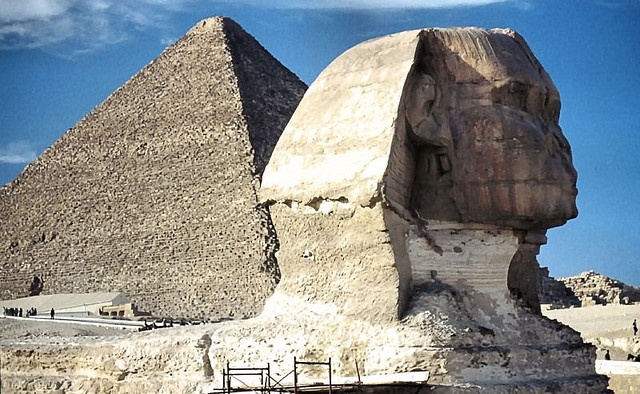 Pyramide mit Sphinx in Giseh,Cairo, Egypt;    Look for the Original size!     . Amazing places around the world!