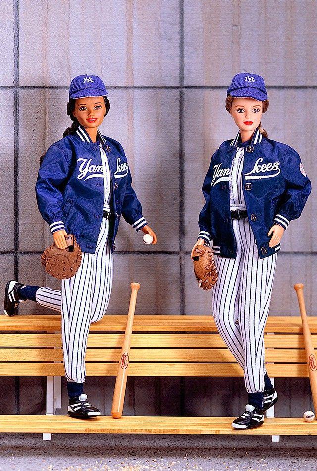 1999 - Pop Culture - Barbie® Loves Sports - New York Yankees™ Barbie® #24471 (AA) or #23881 (redhead)