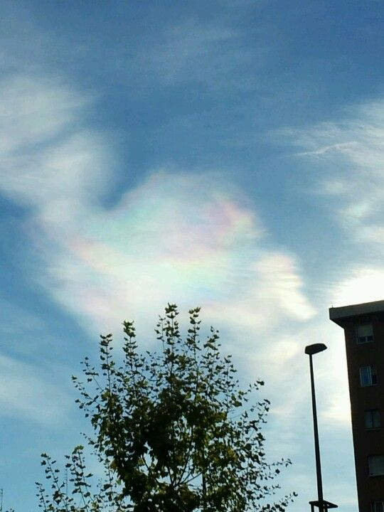 Nube arcoiris