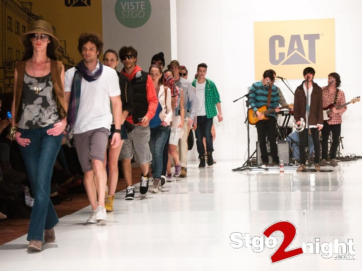 Desfile CAT en Viste Stgo 2012
