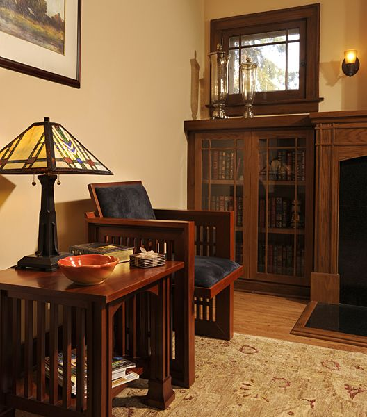 17 best images about craftsman homes on pinterest for Bungalow fireplace ideas