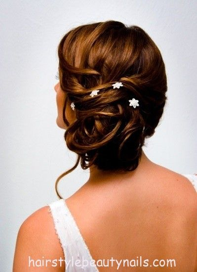 bun wedding hairstyle beauty picture photo image (59) http://www.hairstylebeautynails.com/hairstyles/bun-wedding-hairstyle-18/