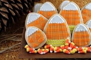 Candy corn cutouts: Fall Cookies, Pumpkin Spices, Candycorn, Halloween Sugar Cookies, Candy Corn Cookies, Spices Sugar, Corn Sugar, Halloween Cookies, Sugarcooki