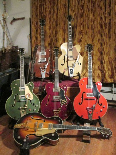 United Colours of Gretscheton : Vintage Gretsch Guitars : The Gretsch Pages