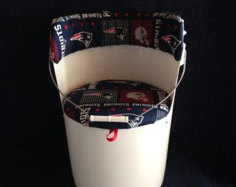 5 Gallon Bucket Chair Retro Mickey Mouse by Bucket2Bucket on Etsy