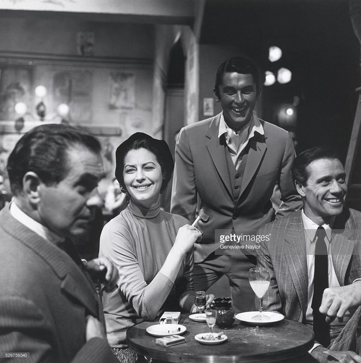 tyrone-power-ava-gardner-robert-evans-and-mel-ferrer-on-the-set-of-picture-id526756340 (1016×1024)