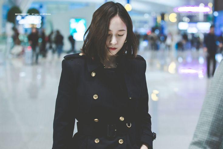 180315 f(Krystal) = Incheon Airport (to Hong Kong) [2] | 16P – f(♥)