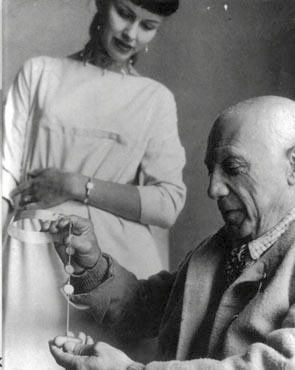 Vivianna Turon Bulow Hube- both designer and icon, she was a master of bold, simple forms, and elevated under-celebrated stones in her jewelry.