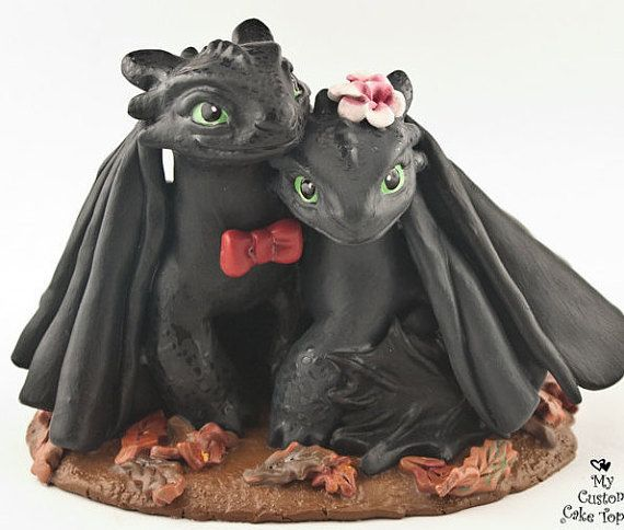 These adorable Nightfury dragons are sure to capture your heart! You can pick your accessories, colors and base type!  My sculptures can last