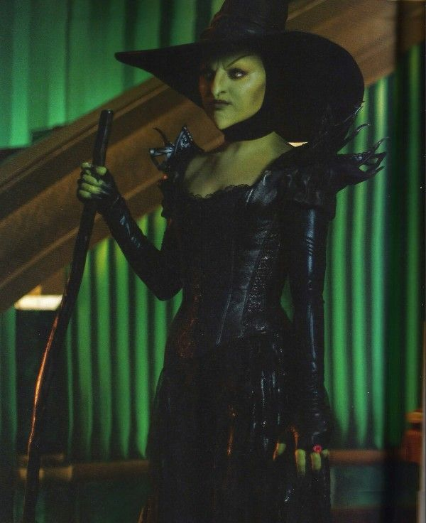 Theodora the Wicked Witch of the West | Mila Kunis from Oz The Great and Powerful CANT WAIT