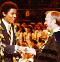 Barry Obama en la Universidad, masones, masonería, francmasón