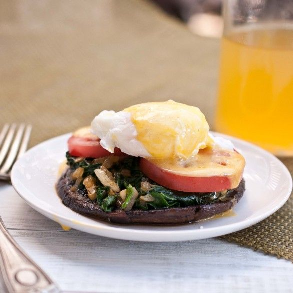 """Portobello Mushroom Benedict with Sriracha Hollandaise - meatless and """"paleo"""" AND it includes sriracha. This might be my perfect meal.It would probably be delicious with a chicken breast instead of mushrooms, too."""