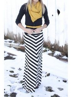 Seeing this maxi skirt in a winter/fall outfit makes me want to buy the similar skirt at work even more..