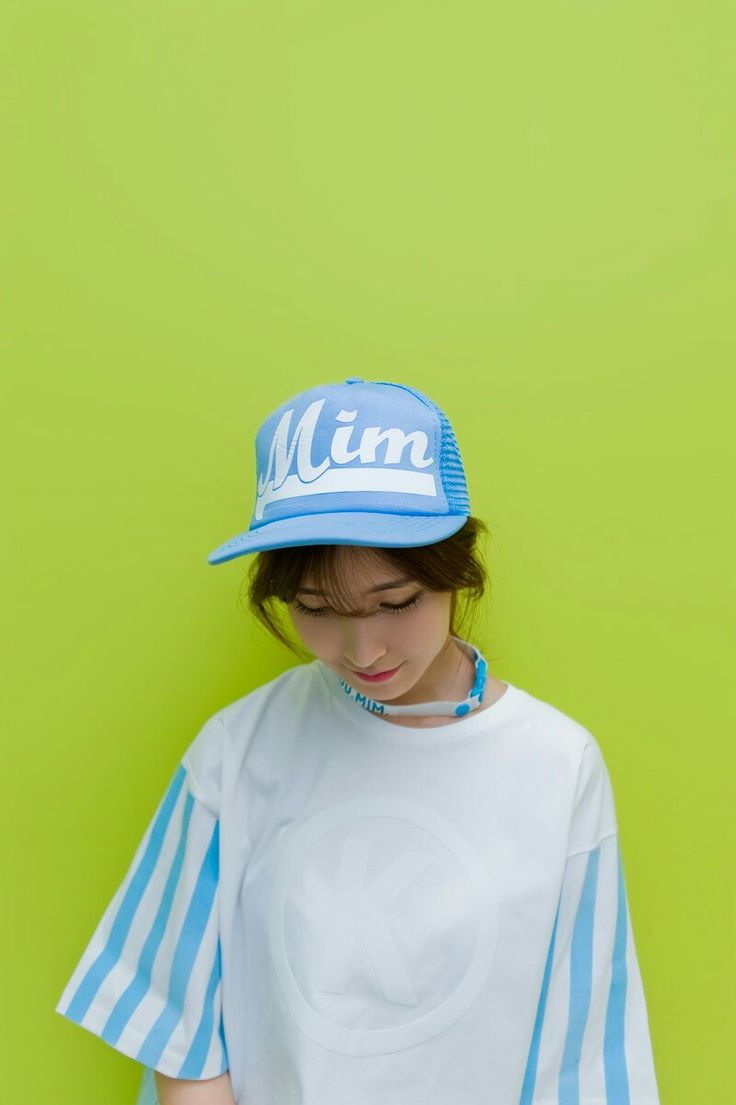Shop Mim casual cap and more hat collections to show off your favorite brands and your love for the outdoors. Hats in the KakuuBasic.com carries casual versions of fedoras, pub caps, ivy caps, safari caps, knit caps, baseball caps and so much more. Kakuu Basic Mim casual cap collection draws inspiration from fashion trailblazer, styled in modern trend with key fashion distinction for the wearer.