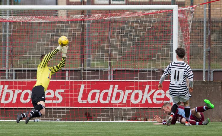 Queen's Park's keeper Wullie Muir saves during the Ladbrokes League One game between Stenhousemuir and Queen's Park.