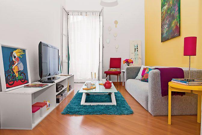 Sala de estar pequena, colorida e barata!
