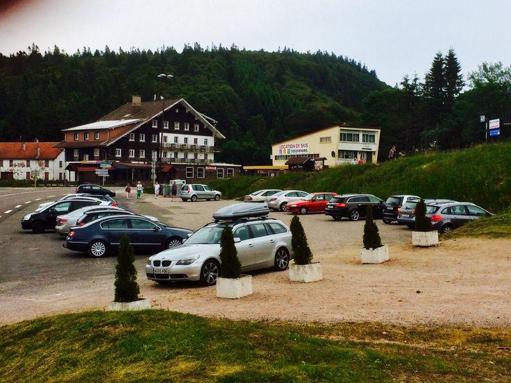 Col de la Schlucht is een heus ski-oord. In de zomer kun je met de stoeltjeslift omhoog om met de rodelbaan omlaag te gaan.