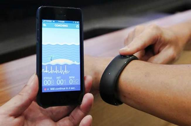 Foxconn beats Apple, unveils a smartwatch compatible with the iPhone