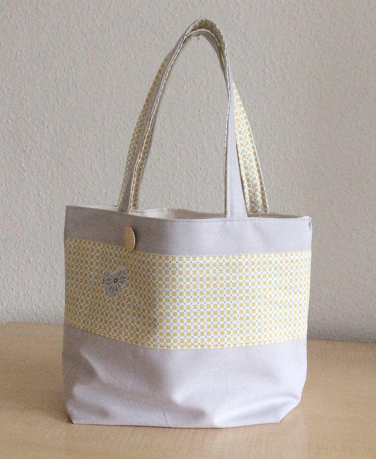 Sac femme élégant, sac façon cabas, sac tissus couleurs pastels : Autres sacs par chenille-et-papillon