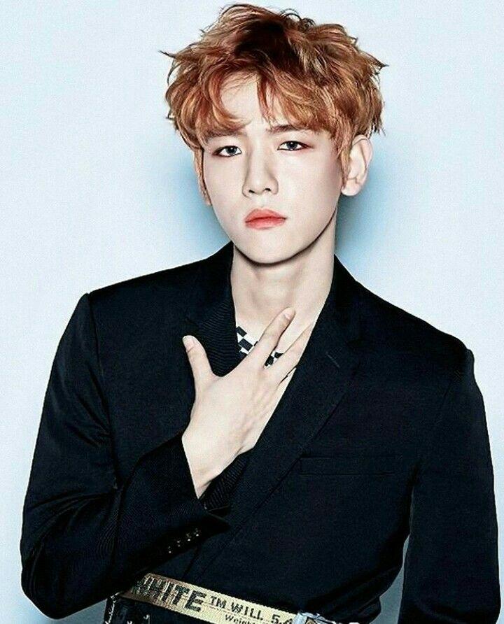 Name someone hotter than Byun Baekhyun, I'll wait. #fireemoji