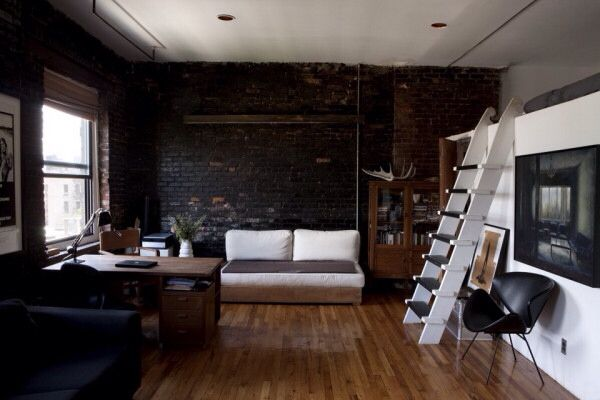 a small NYC apartment that still has style and edge