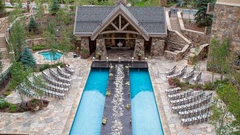 Four Seasons Resort Vail is the perfect setting for weddings with mountain views, beautiful outdoor ceremonies, and specialists to help plan your wedding.