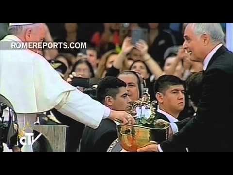 Francisco llega a Paraguay