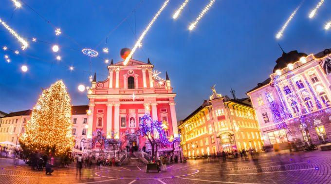 Θέλεις οικονομικά και παραμυθένια Χριστούγεννα; Διάλεξε Βαλκάνια!