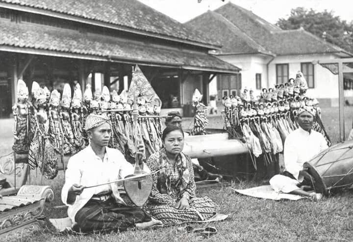Wayang Golek, 1947