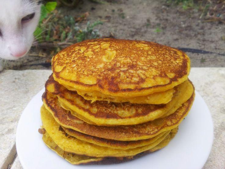 Chunky on Chia: {Vegan} Pumpkin Pancakes