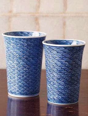 Japanese chinaware. design of a wave.