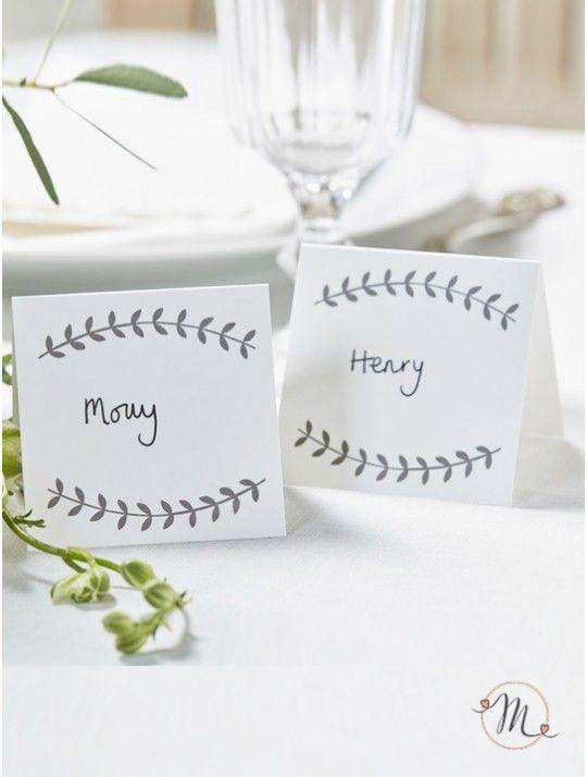Segnaposto Boho chic bianco. Perfetto per aggiungere un tocco boho chic al vostro evento. Può essere utilizzato anche come etichetta per scrivere i gusti dei confetti.  Ordine minimo 15 pezzi e multipli di 15. In #promozione #matrimonio #weddingday #ricevimento #wedding #segnaposto #segnatavolo #decorazioni #sconti #offerta