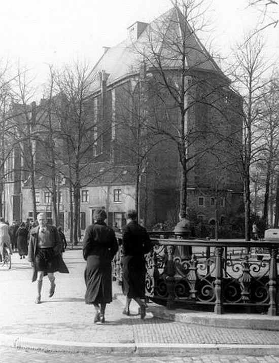 Janskerkhof 1937 | De Janskerk vanaf de Stammetsbrug over de Drift