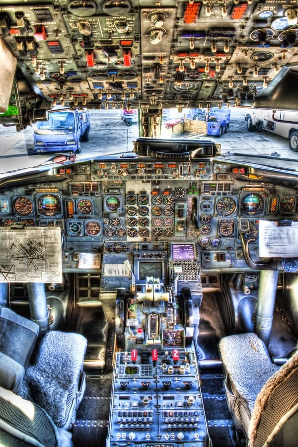 Round Dials HDR by Chance Barber.  Cockpit of a Boeing 737-300 with its traditional instrumentation in HDR.