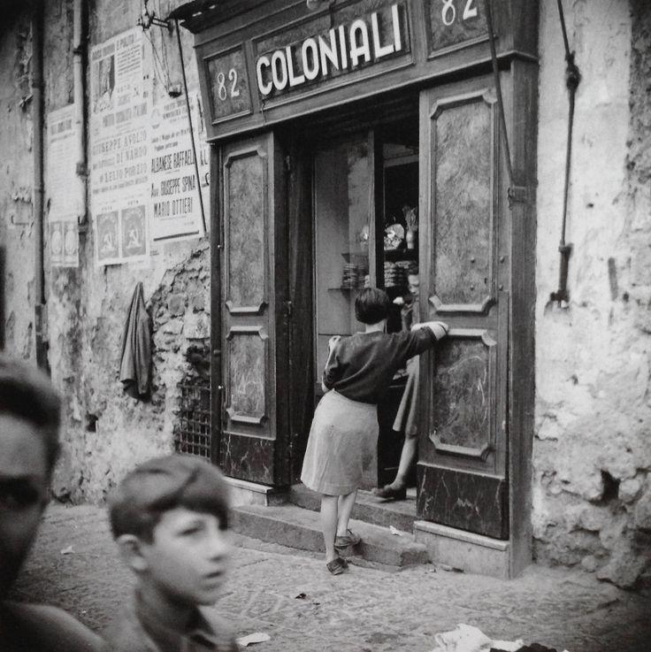 Ercolano Italy 1950s Photo: Fosco Maraini